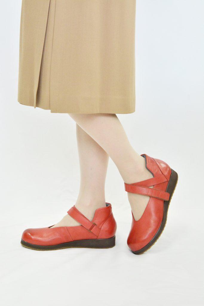 0215赤スカートのコピー